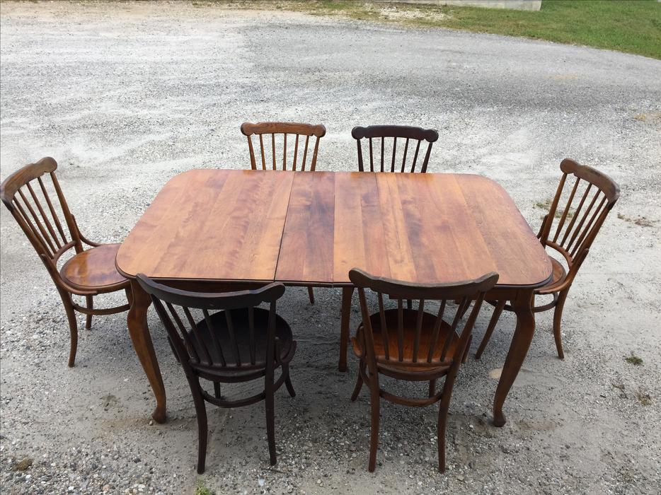 Rustic Dining Table and 6 chairs Outside OttawaGatineau  : 49045469934 from www.usedottawa.com size 934 x 700 jpeg 146kB