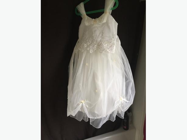 Flower girl dresses ontario california cheap wedding dresses for Wedding dress resale st louis