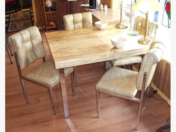 Retro 70 S Butcher Block Style Dining Table Chrome Legs