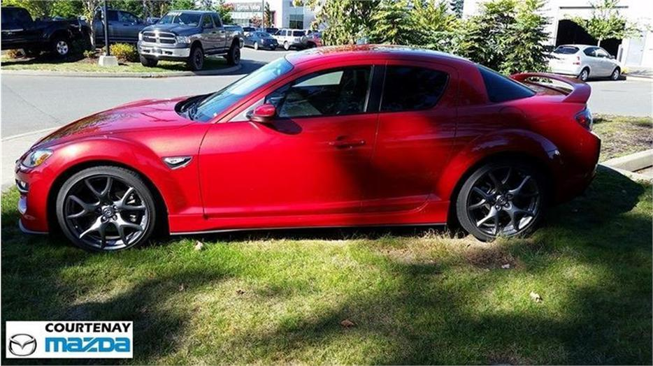 2009 mazda rx 8 r3 6sp outside comox valley courtenay. Black Bedroom Furniture Sets. Home Design Ideas