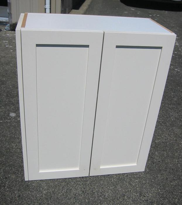 Cloud White Shaker Kitchen Cabinets North Saanich Amp Sidney