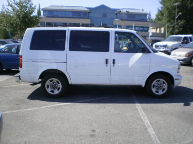 2005 gmc safari 8 passenger surrey incl white rock vancouver mobile. Black Bedroom Furniture Sets. Home Design Ideas