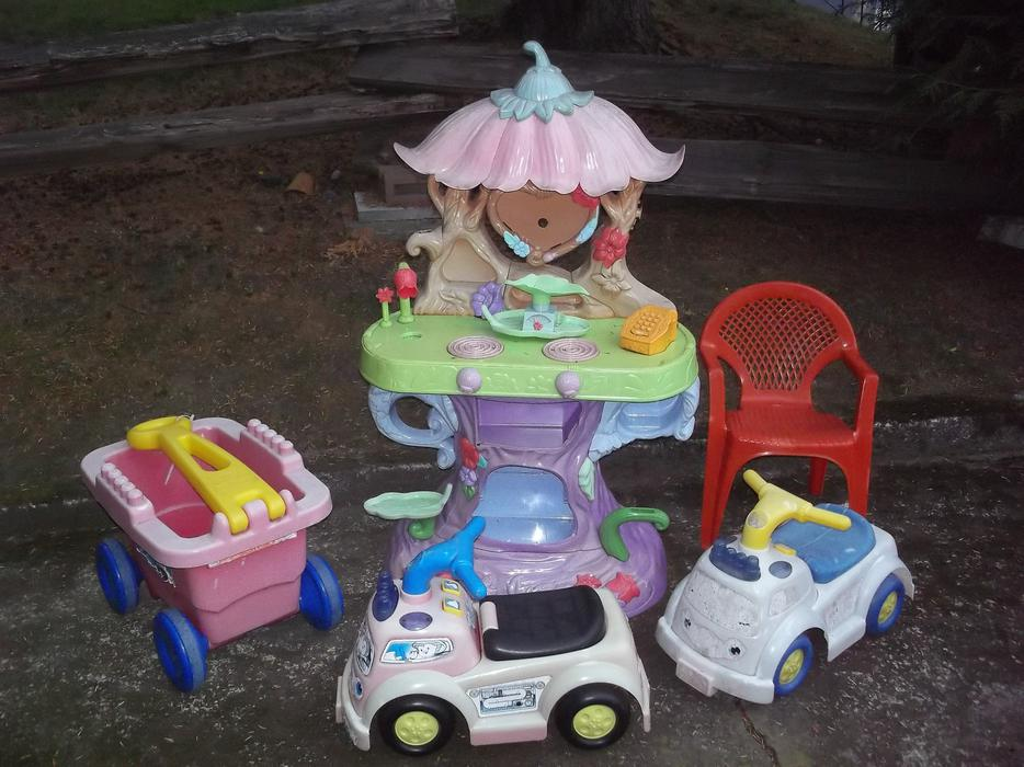 Used Yard Toys : Outdoor toys ride ons saanich victoria