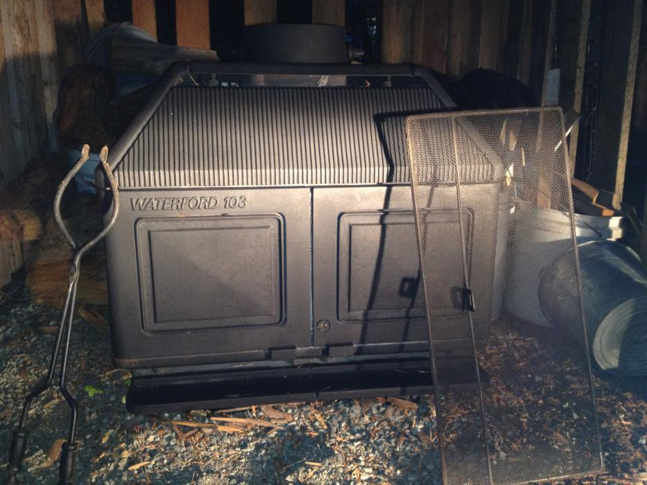 Waterford 103 Wood Stove Courtenay Courtenay Comox Mobile
