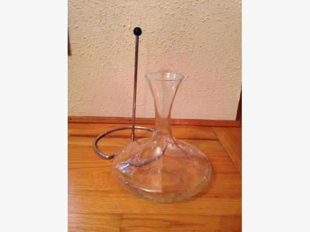 Decanter & Stand