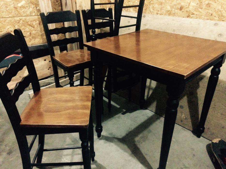 Pub style kitchen table set east regina regina for Pub style kitchen table