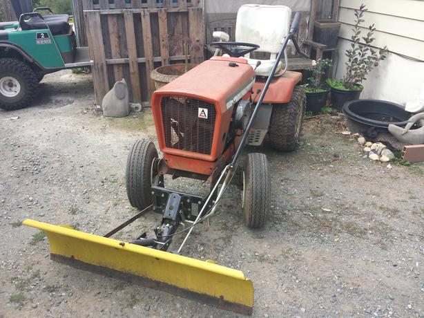 Allis Chalmers Garden Tractor 710 North Nanaimo Nanaimo