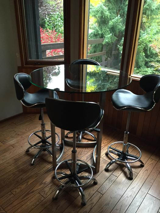 Bar Height Table And Bar Stools Reduced Price North