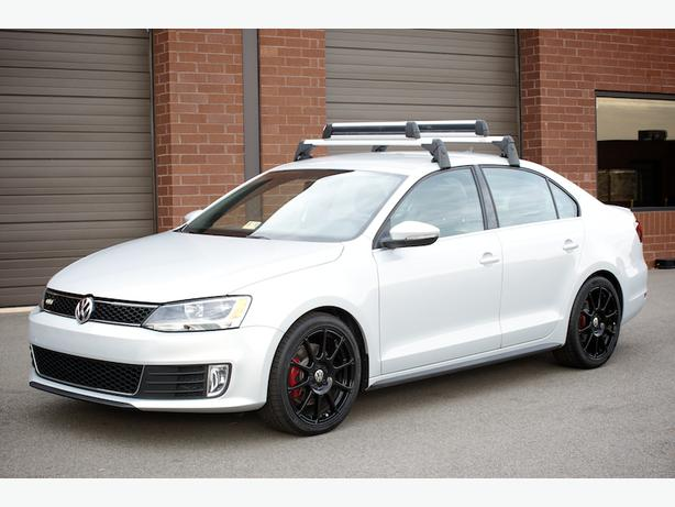 Thule Roof Rack and Ski/Snowboard attachment for VW Jetta ...
