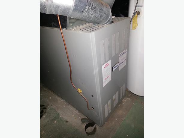 500 183 Olsen Oil Fired Warm Air Furnace Victoria City
