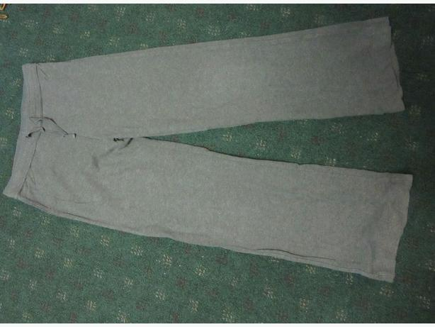 Girls athletic bottoms yoga pants size 10-12