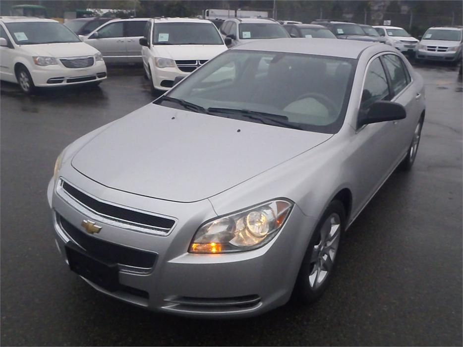 2009 chevrolet malibu ls outside cowichan valley cowichan. Black Bedroom Furniture Sets. Home Design Ideas