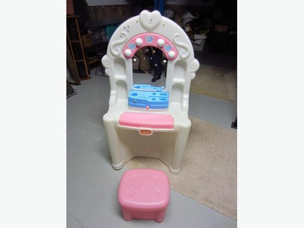 Little Tikes Salon