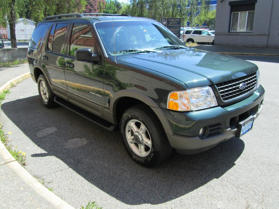2002 ford explorer xlt 4x4 on sale local vehicle. Black Bedroom Furniture Sets. Home Design Ideas