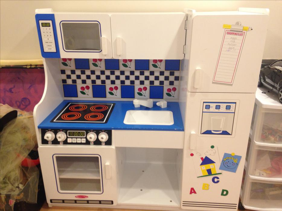 Melissa And Doug Kitchen With Food Oak Bay Victoria Mobile