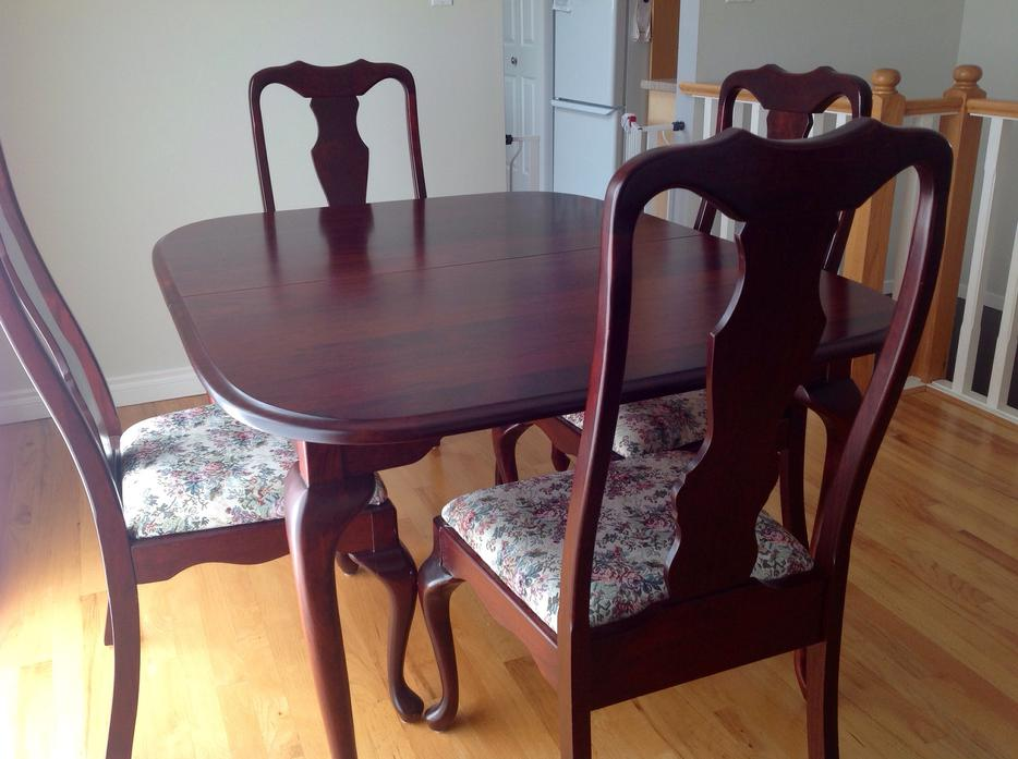Cherry wood dining room table with 6 chairs central for Dining room tables victoria