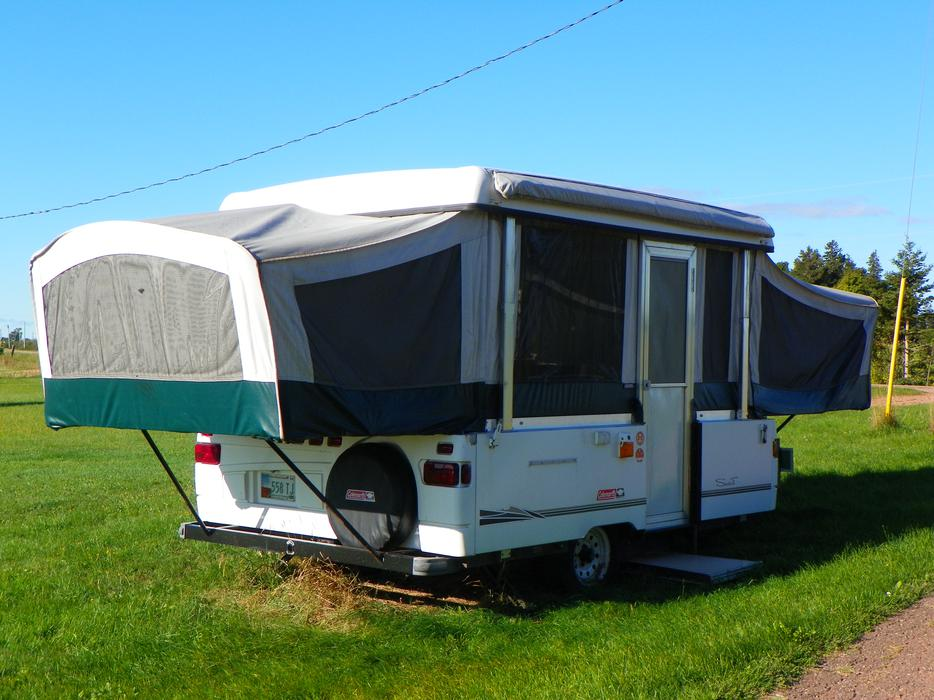 Model 2004 Flagstaff Forest River 825DTent Trailer  For Sale In Montreal