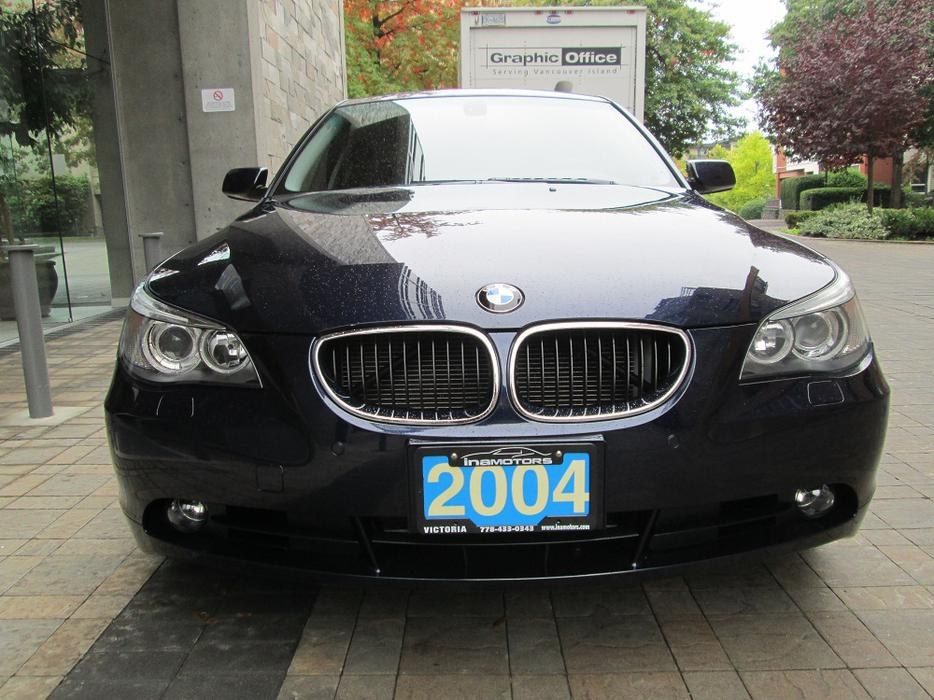 2004 bmw 530i on sale fully loaded local vehicle victoria city victoria mobile. Black Bedroom Furniture Sets. Home Design Ideas