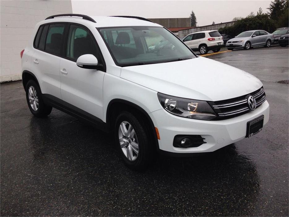 2015 volkswagen tiguan trendline 4motion w convenience pkg north nanaimo nanaimo mobile. Black Bedroom Furniture Sets. Home Design Ideas