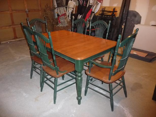 Dining Room Table With 6 Chairs And Matching Cabinet Kanata Ottawa