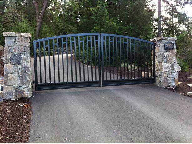 custom aluminum driveway gates outside calgary area calgary