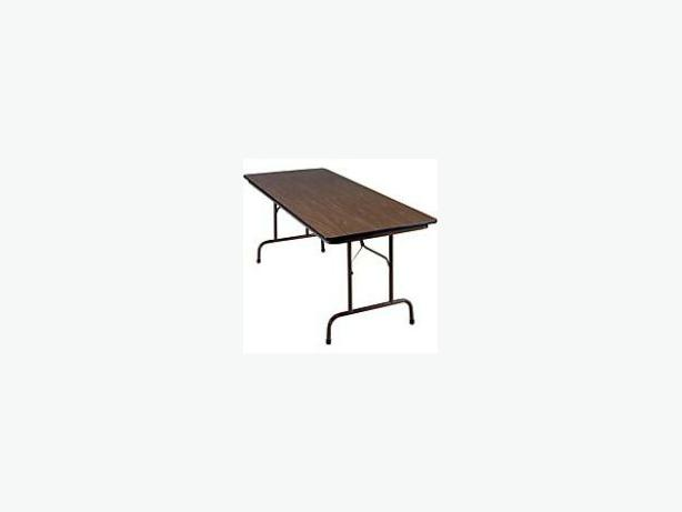 Folding Banquet Table In Kitchener Ontario