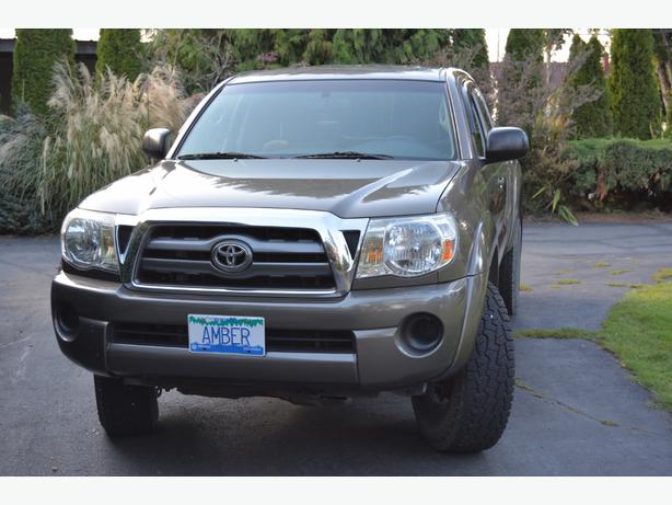 toyota tacoma sr5 4x4 4 cyl outside nanaimo parksville qualicum beach. Black Bedroom Furniture Sets. Home Design Ideas