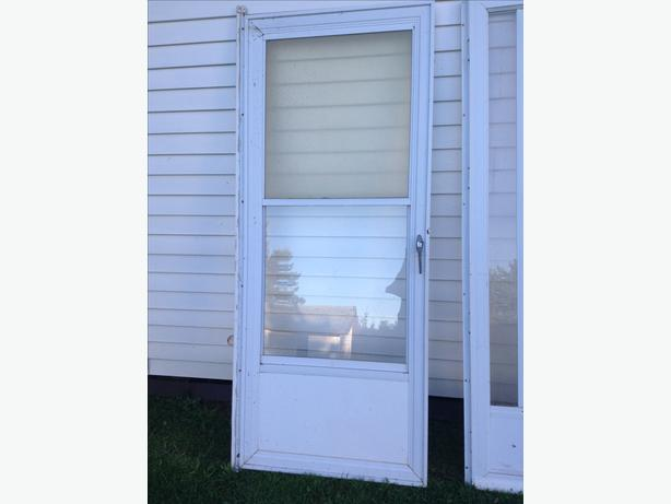 one 32 inch storm door alberton pei
