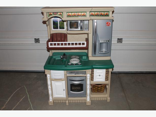 Step 2 Childs Play Kitchen North Regina Regina