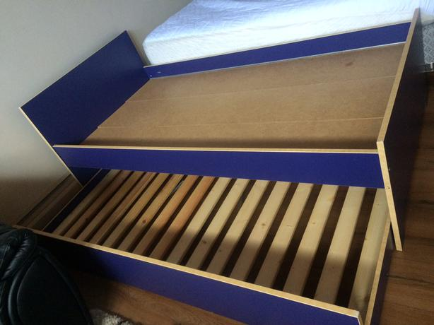 twin ikea pull out bed saanich victoria. Black Bedroom Furniture Sets. Home Design Ideas