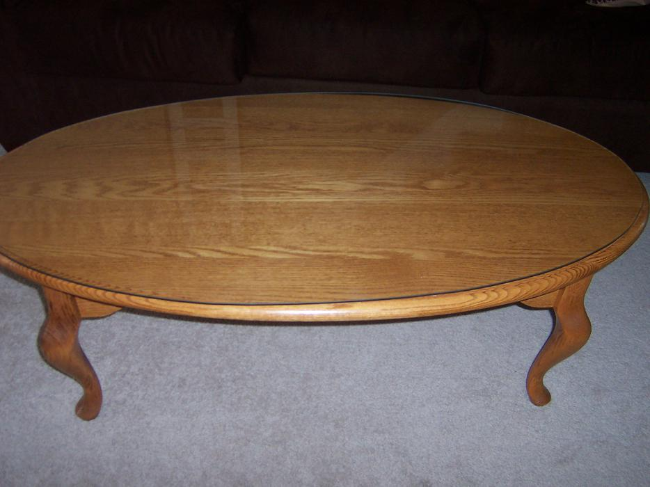 Solid oak heritage house oval coffee table nepean ottawa for Coffee tables kelowna