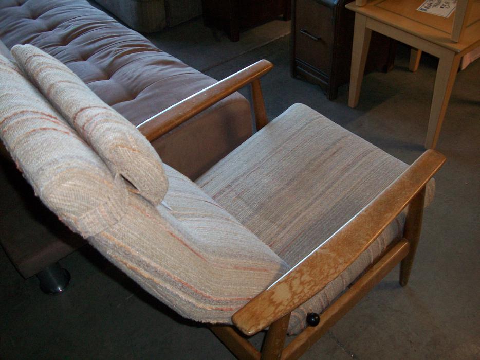 Vintage Chair For Sale At St Vincent De Paul On Quadra Saanich Victoria Mobile