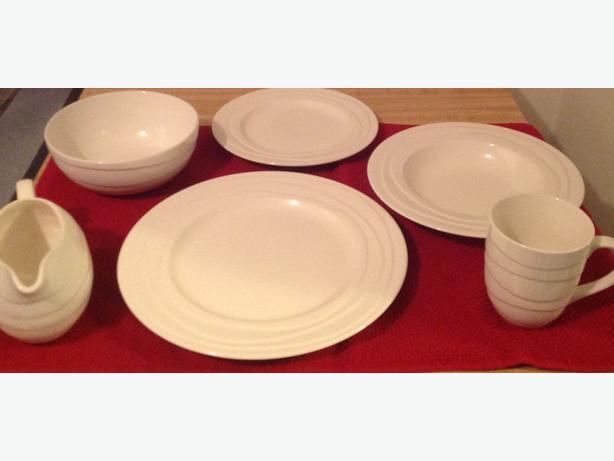 OBO 4x Jamie Oliver 5-Piece \ Wave\  Tableware w/ Matching Cutlery Settings & OBO 4x Jamie Oliver 5-Piece \u0026#34;Wave\u0026#34; Tableware w/ Matching ...