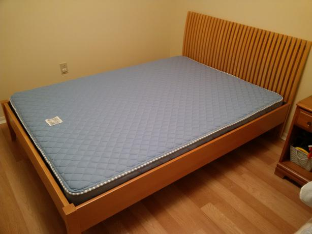 ikea ekeberg double full size wood frame mattress