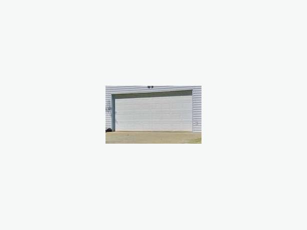 16 Foot Garage Door For Sale Qualicum Parksville Qualicum