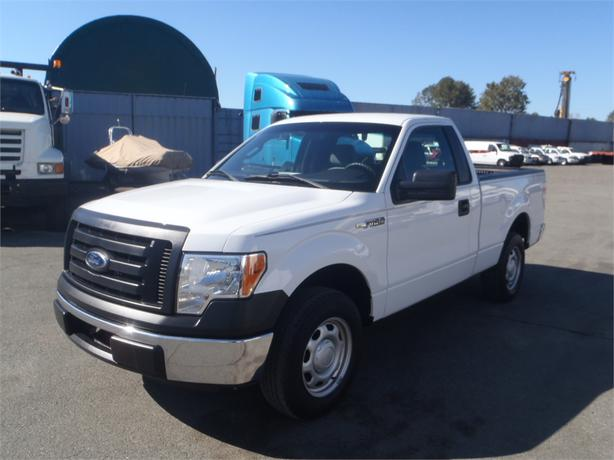 2012 ford f 150 xl regular cab short box 6 5 ft bed 2wd outside cowichan valley cowichan. Black Bedroom Furniture Sets. Home Design Ideas