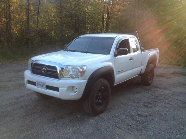 2007 toyota tacoma trd 4x4 outside nanaimo nanaimo. Black Bedroom Furniture Sets. Home Design Ideas