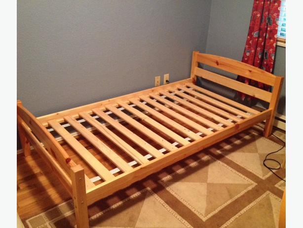 Kids solid wood twin bed frame swedish design oak bay for Used wooden bed frames