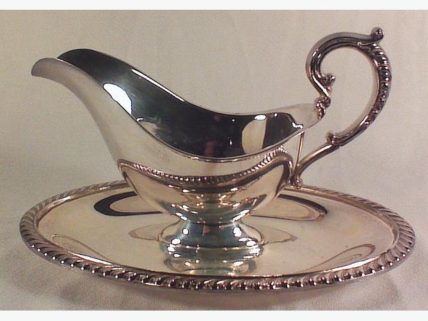 Rogers silverplated sauce boat