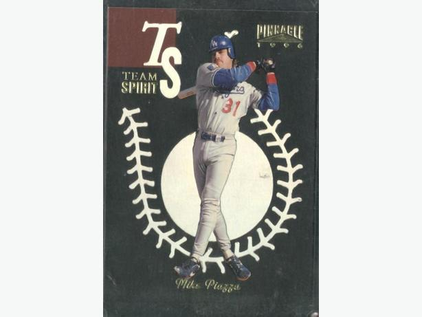 1996 Pinnacle Team Spirit #4 Mike Piazza Los Angeles Dodgers