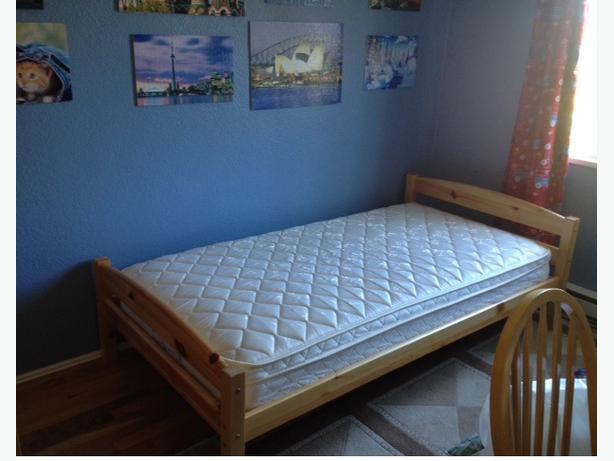 kids 39 solid wood 39 full twin bed frame swedish design oak bay victoria. Black Bedroom Furniture Sets. Home Design Ideas