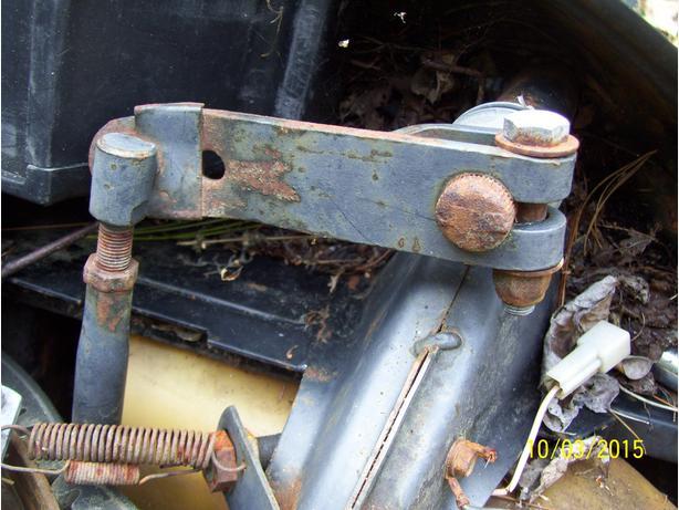 Skidoo Elan 294 steering parts tie rod steering arm steering post
