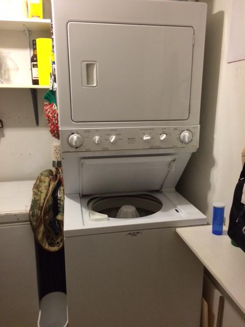 Stackable apartment size washer dryer gloucester ottawa - Apartment size stackable washer and dryer ...