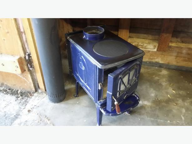 Demolition Sale Of 2 Houses Apliances Furnaces Fridges