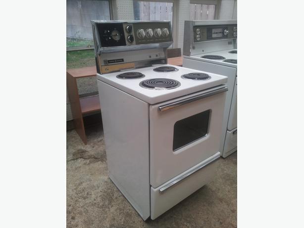 apartment sized white stove south nanaimo nanaimo
