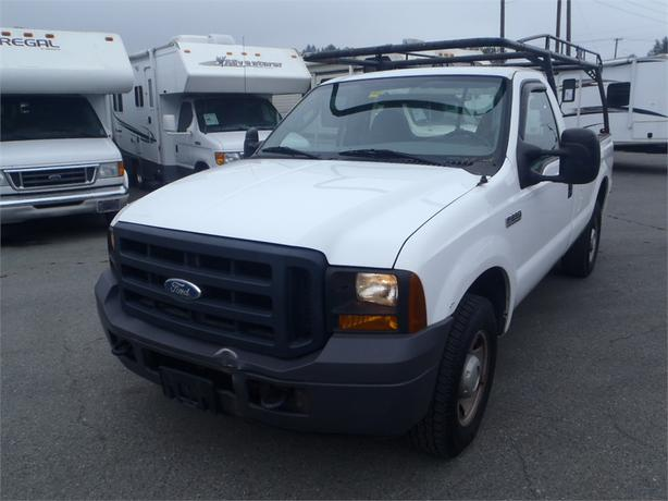2006 ford f 250 xl sd regular cab long box 2wd outside okanagan okanagan. Black Bedroom Furniture Sets. Home Design Ideas