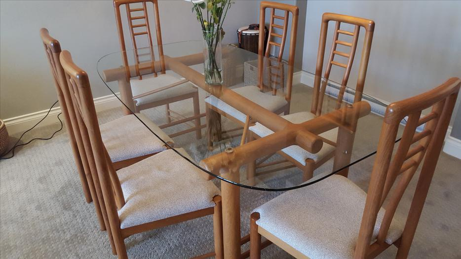 REDUCED Dining Room Table Solid Teak frame with Glass  : 49361689934 from www.usedvictoria.com size 934 x 525 jpeg 73kB