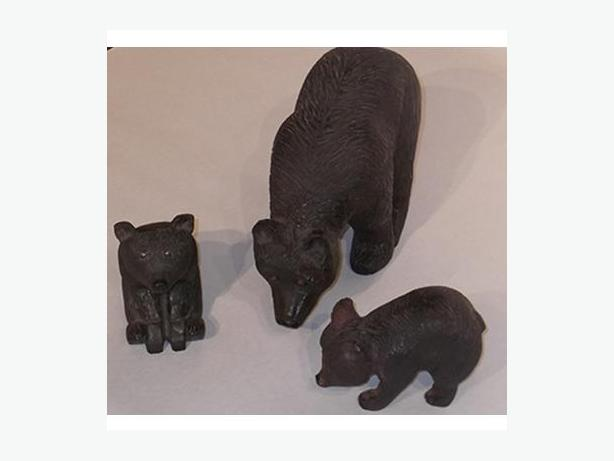 Mother Bear and Cubs Quebec Carving