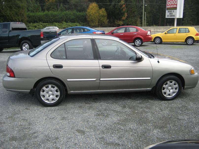 2001 nissan sentra only 124 500kms new tires new front. Black Bedroom Furniture Sets. Home Design Ideas