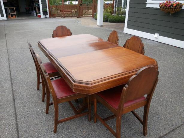 Antique Solid Wood Dining Table With 6 Chairs Central